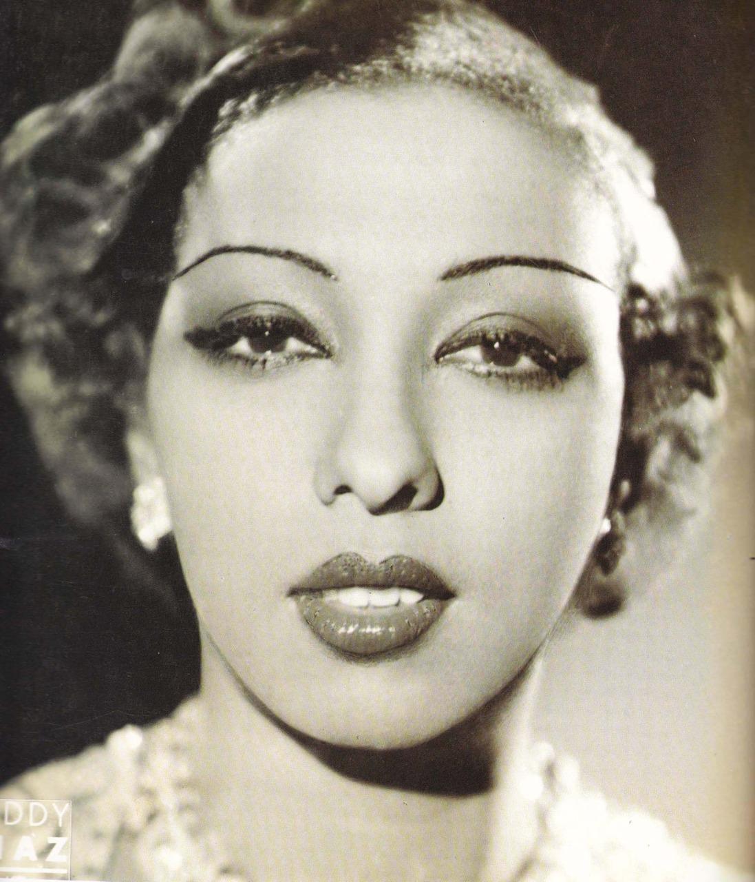 Fashionable Forties: Josephine Baker