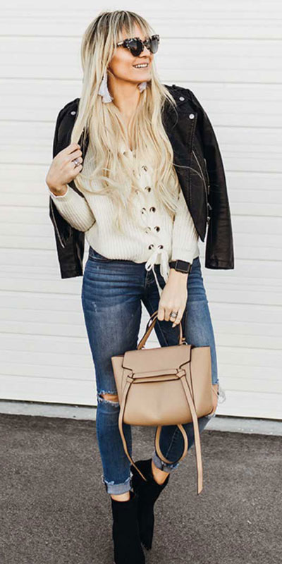 23 Stylish Fall Fashion Ideas for Women Over 30. We've taken the liberty of compiling a list of fall outfit ideas for women over 30. Fall Style via higiggle.com | #fashion #falloutfits #jumper #jeans