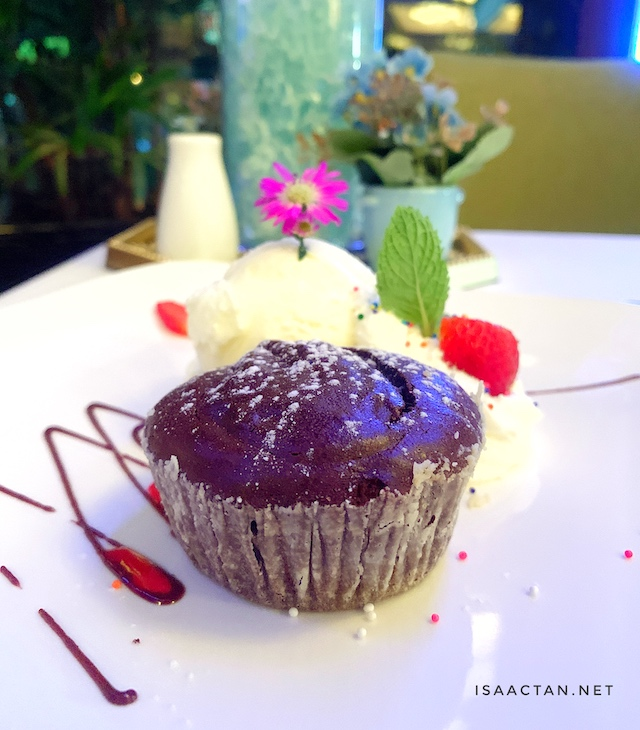 Tortino, molten chocolate brownie served with vanilla ice cream - RM30