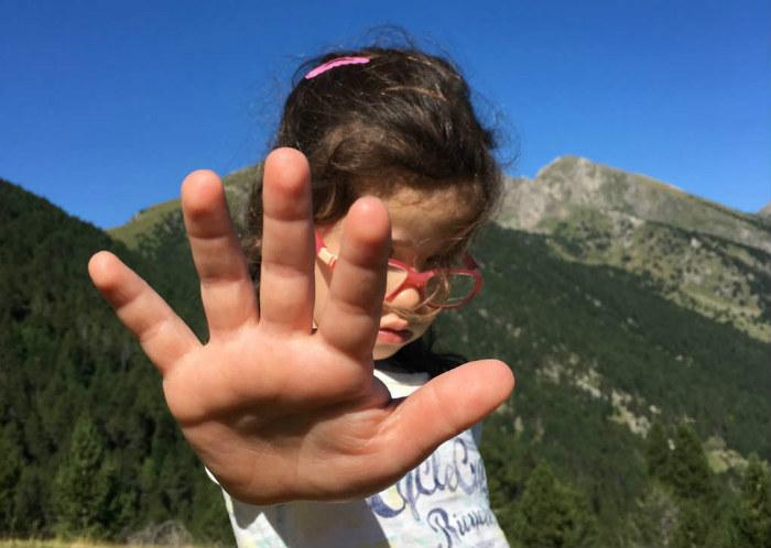 cómo trabajar enseñar asertividad a los niños, saber decir no