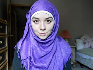 فاتن لم تتزوج قط مسلم شيعي تبحث عن علاقة جدا