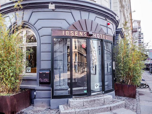 Ibsens Hotel, Copenhagen - front entrance