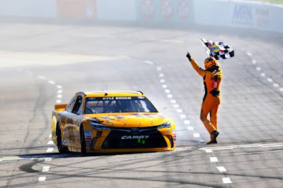 Reigning champion, Kyle Busch had another dominant weekend.