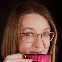 Photo of author Laura Purcell