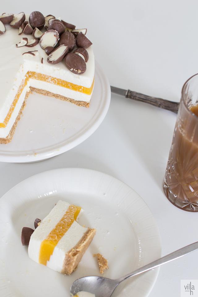 leivonta, pääsiäinen, persikka-rahka kakku