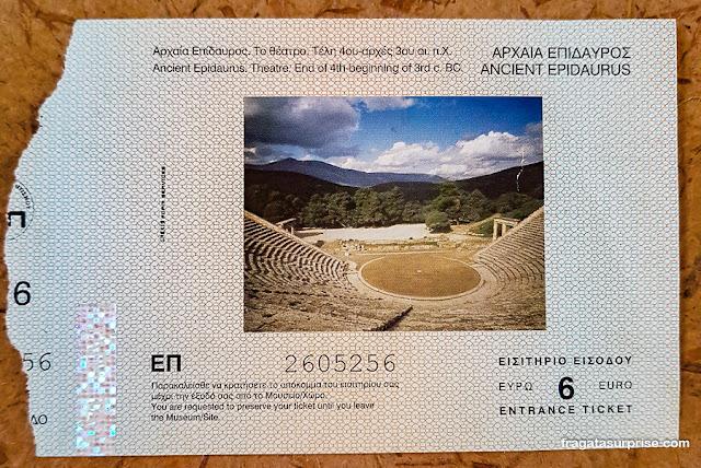 Ingresso para o Teatro de Epidauros, Grécia
