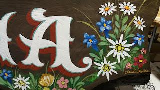 pictor de firme, pictor decorator, pictura traditionala pe lemn, flori pictate pe lemn,