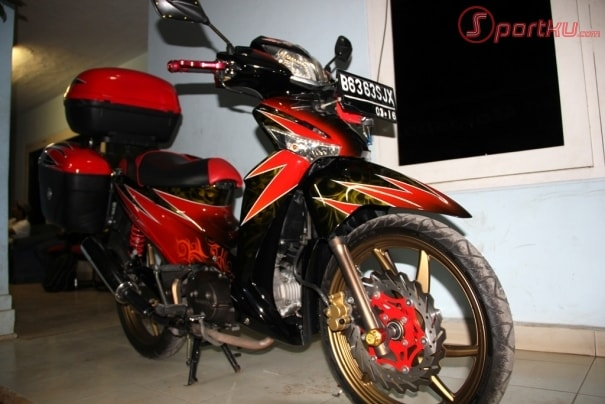 Top motor bebek touring