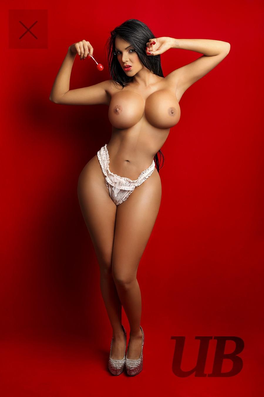 Naked Celeb Blogs 111