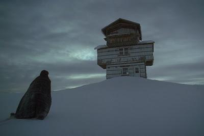 """Cena do filme """"The Lodge"""", de Severin Fiala e Veronika Franz. - Divulgação"""