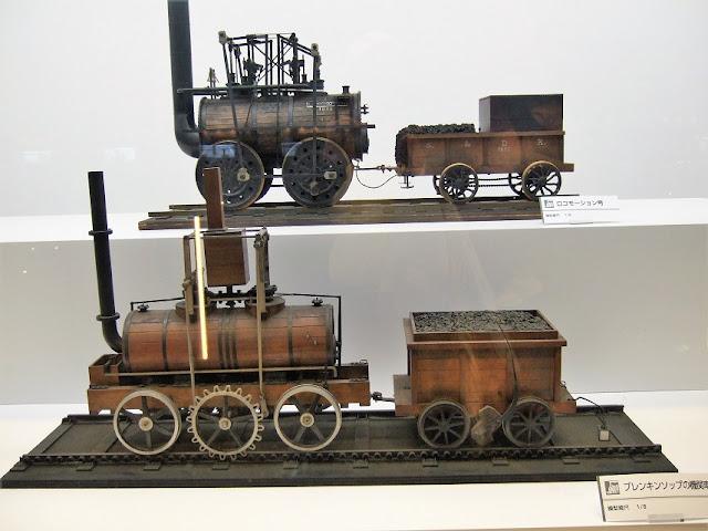 初期の蒸気機関車の模型