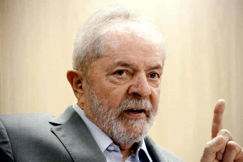 """VEJA ENTREVISTA DE LULA NA CADEIA: """"O INIMIGO CENTRAL DO BOLSONARO, ALÉM DO PT, É O SEU VICE-PRESID"""