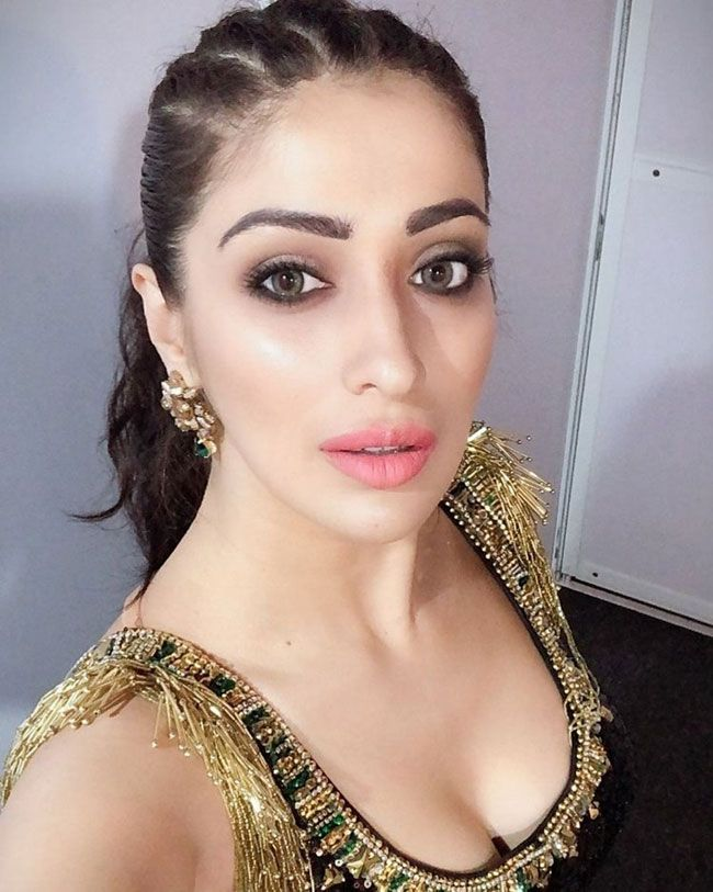 Actors Gallery: Raai Laxmi Latest Pictures Album