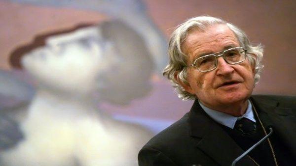 Chomsky afirma que Lula fue preso para evitar su presidencia en Brasil