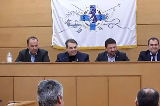 Συνάντηση του Γ.Γ. Πολιτικής Προστασίας Ν. Χαρδαλιά με τον Δημήτρη Καμπόσο στην ΠΕΔ Πελοποννήσου