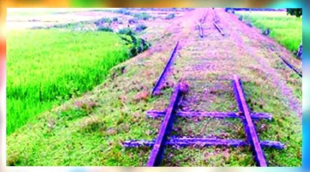 হবিগঞ্জ-শায়েস্তাগঞ্জ-বাল্লা রেলপথ অযত্ন আর অবহেলায় অস্তিত্ব সংকটে পড়েছে