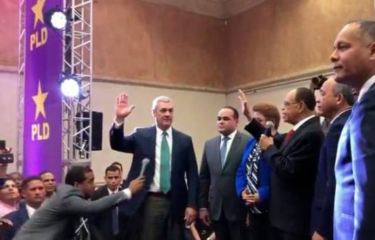 Sin Leonel ni  Danilo, el PLD juramenta a sus nuevos candidatos