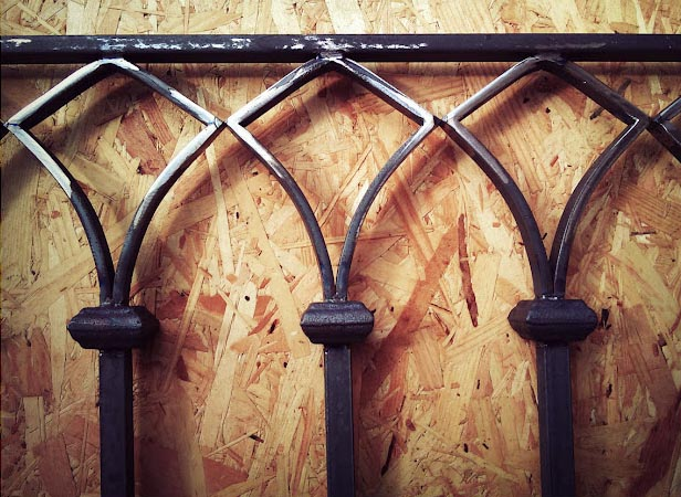 ferronnerie m tallerie serrurerie 79 deux s vres l 39 art du fer play rampe. Black Bedroom Furniture Sets. Home Design Ideas