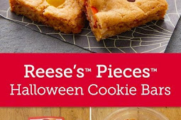 Reese's™ Pieces™ Halloween Cookie Bars Recipe