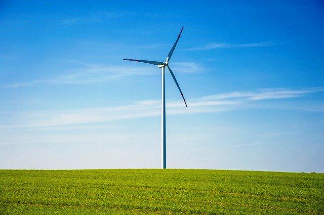 Energia  sustentável no Planeta. Crédito: Pixabay (tookapic)