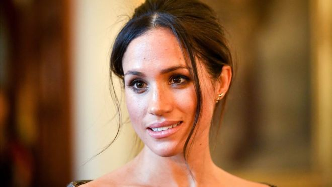 Duchess of Sussex: Mail on Sunday wins first round in Meghan privacy case