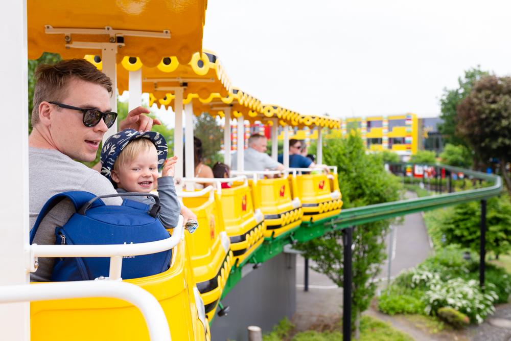 Legoland Billun pienten lasten kanssa, sekä Givskud Zoo