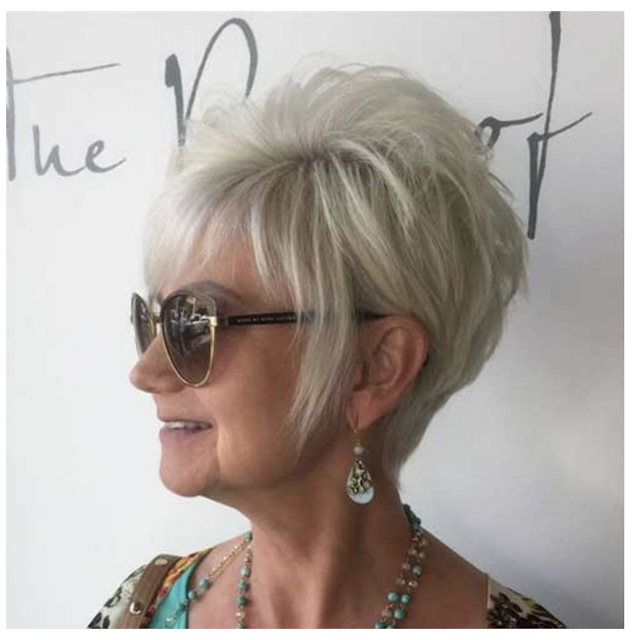 2020 short layered haircuts for women over 50