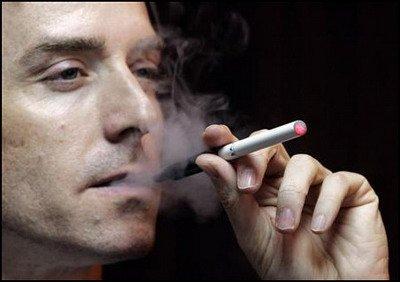Resiko Penyakit Mematikan Akibat Hisap Rokok Elektrik