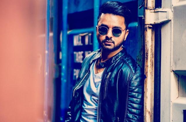 Raaj Ranjodh Lyricst Punjabi MyTrendingStar.com