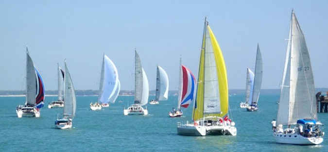 Peserta lomba layar Darwin-Ambon Yacht Race (DAYR) 2017 sesuai rencana akan dilepas dari Pelabuhan Darwin Australia Utara pada 5 Agustus 2017.