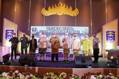 Gubernur Arinal Resmikan Gedung Sessat Agung Bumi Sai Waway Kota Metro