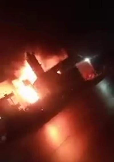 إخماد حريق داخل مضرب للأرز ومصنع للمقرمشات بالبحيرة