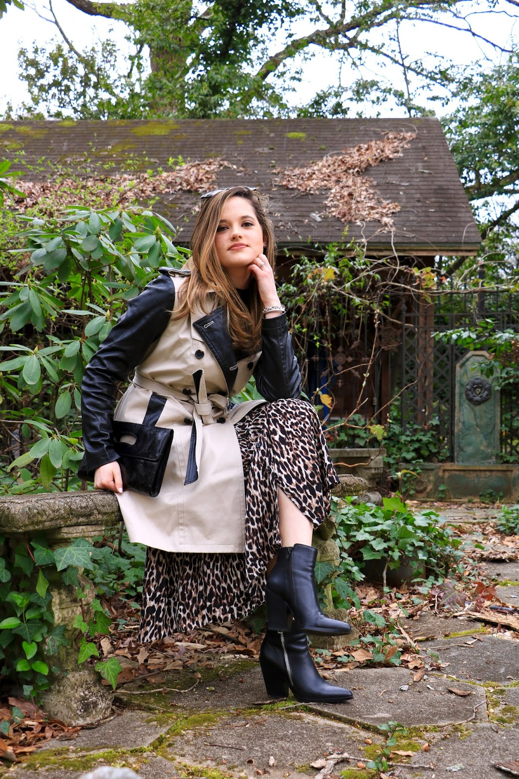 Nyc fashion blogger Kathleen Harper wearing a trench coat outfit.