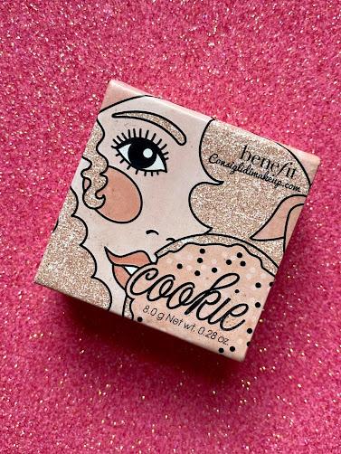 cookie illuminante benefit cosmetics