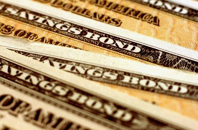 DeltaShares S&P 400 Managed Risk ETF