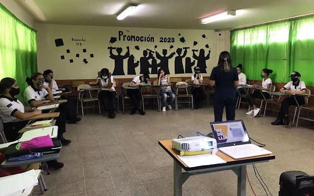 Enfoque de género en manuales de convivencia I.E. Medellín