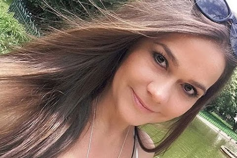 Geszler Dorottya bikinis fotói - 49 évesen szexibb, mint valaha