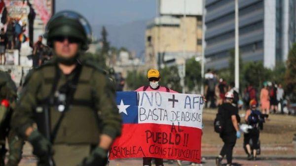 Denuncian detenciones ilegales en Chile contra manifestantes