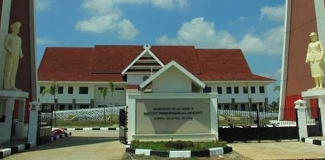 Pejabat Kemendagri Diperiksa Untuk kasus Suap Kampus IPDN Sulut