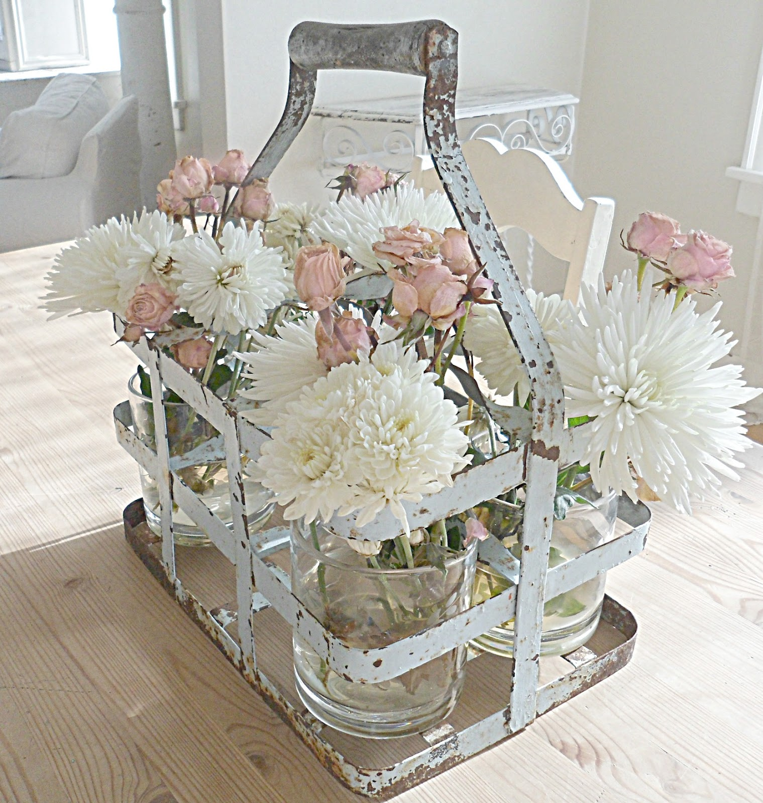 Shabby Chic Kitchen Table Centerpieces: Shabby French For Me: