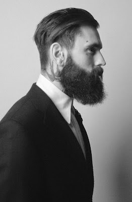 Trend Model Potongan Rambut Undercut Pria Terbaru