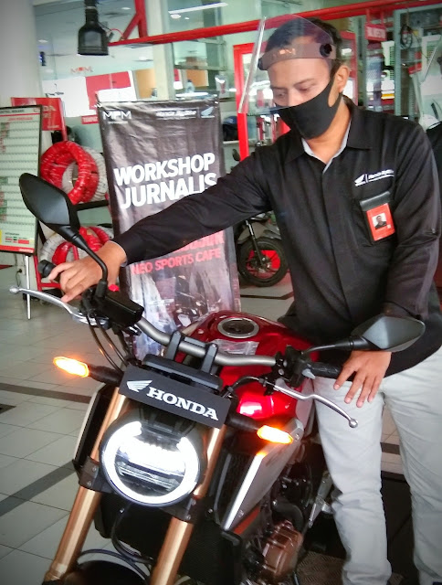 Advantages of Honda CB650R 2020