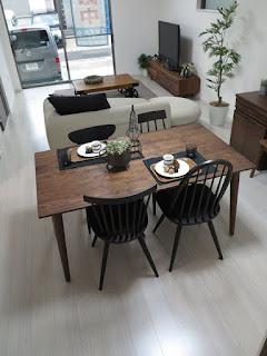ห้องนั่งเล่น ห้องกินข้าว