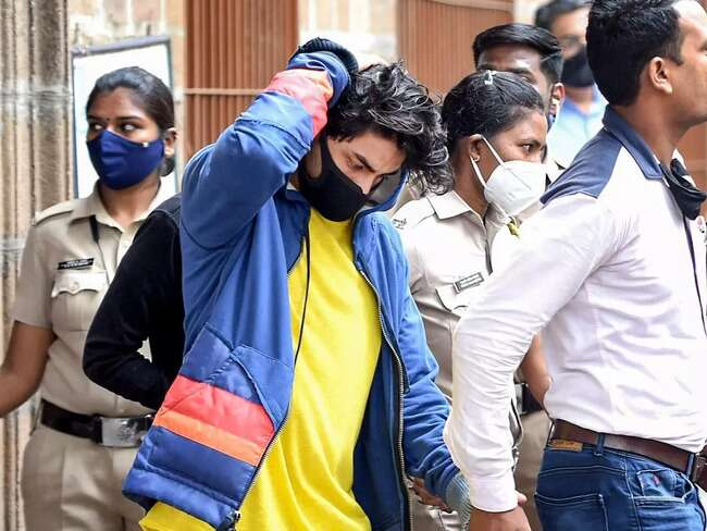 हो सकता है Court चेतावनी देकर Aryan Khan को वरी कर दे।  Maybe the court will forgive Aryan Khan with a warning.