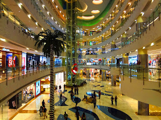 Daftar mall dan pusat perbelanjaan  di Jakarta & Bandungn