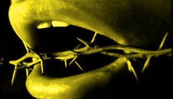 Yang Sering Bohong di Dunia, Nanti Saat di Alam Kubur Akan Merubek Mulutnya Sendiri Hingga Hari Kiamat