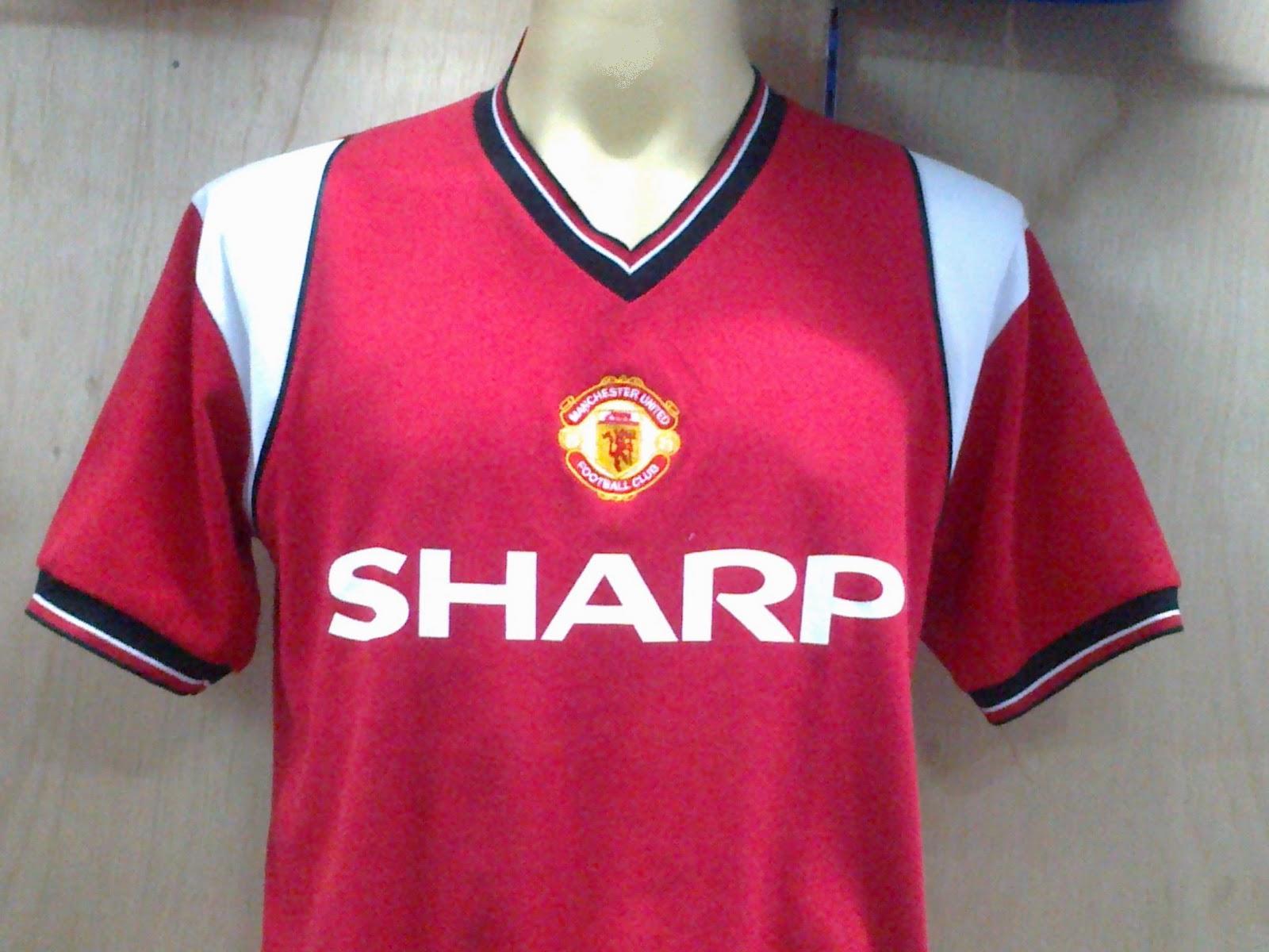 reputable site 25b96 30da5 AeroJersey: Manchester United FC (retro kits)