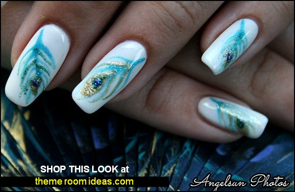 Peacock Feather Artificial Nail Art