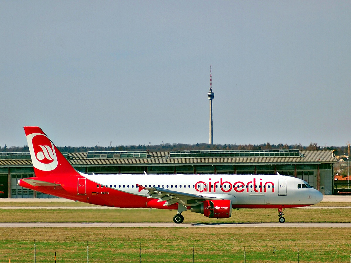 Auch schon wieder historisch - airberlin in STR