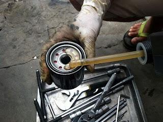 Hướng dẫn và lưu ý khi thay lọc dầu xe môtô